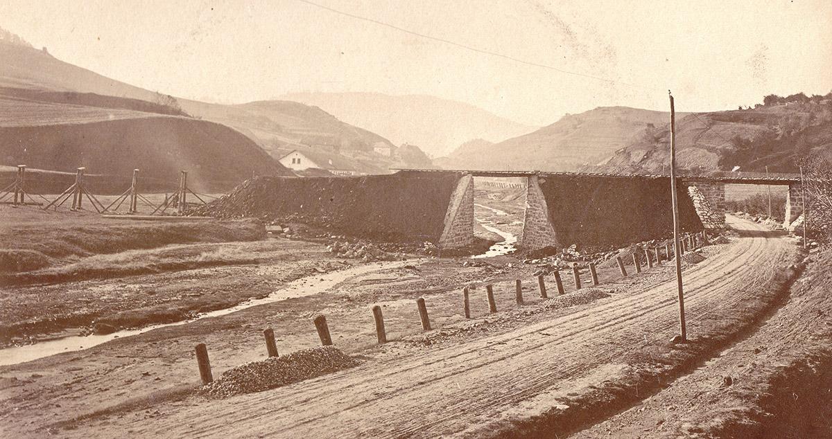 Historický pohľad na konštrukciu mosta