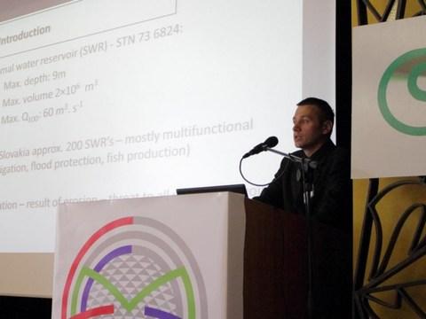 Príspevok Ing. Jakuba Fusku, PhD. o mapovaní vodných nádrží zaujal aj odborníkov z praxe