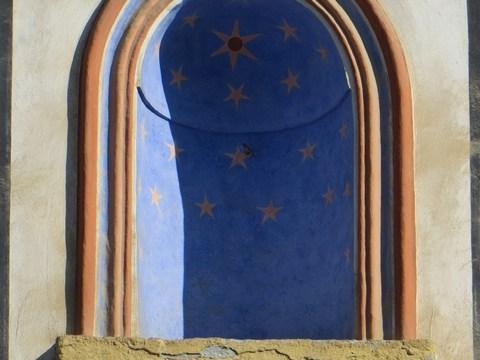 Námestie svätej Trojice 8 - detail