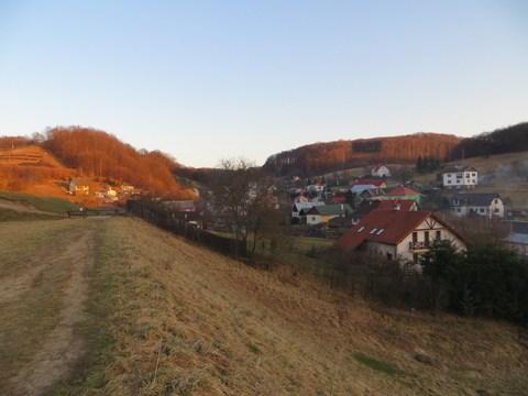 Časť obce v strede, kde bol projektovaný tajch