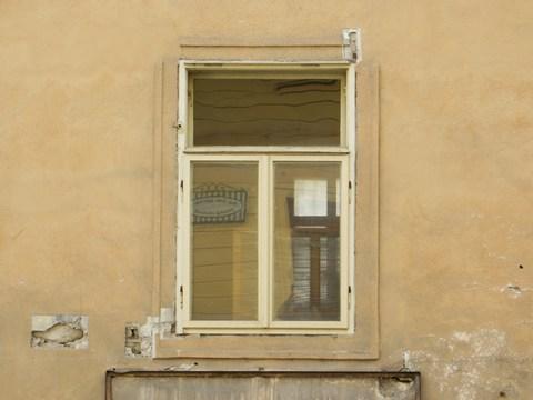 Detail okna domu č. 17